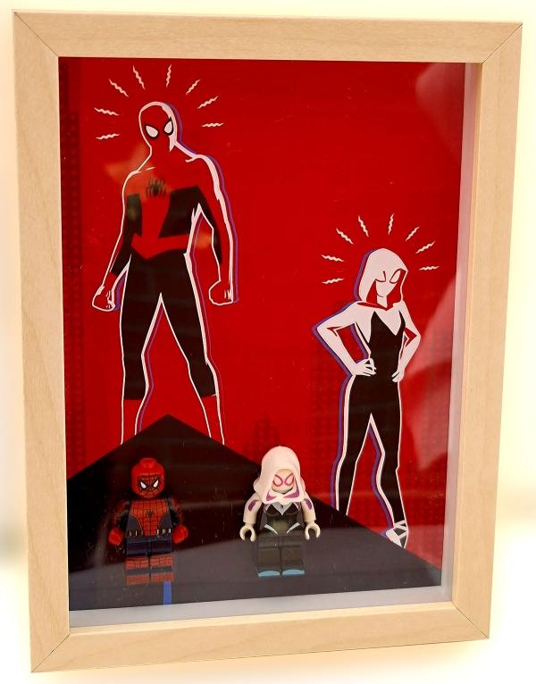 Cuadro minifiguras Spider-Man y Spider-Gwen