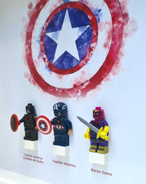 Cuadro de minifiguras Capitán América