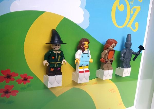 Cuadro de minifiguras El Mago de Oz