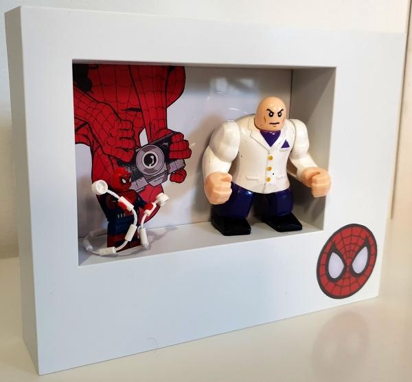 Cuadro minifigura Spiderman y Kingpin