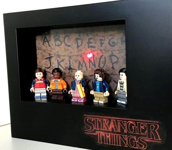 Cuadro de minifiguras Strangers Things