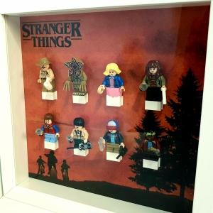 Cuadro de minifiguras Stranger Things (1ª temporada)